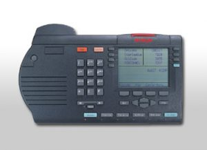 3900 SERIES DIGITAL DESKPHONES
